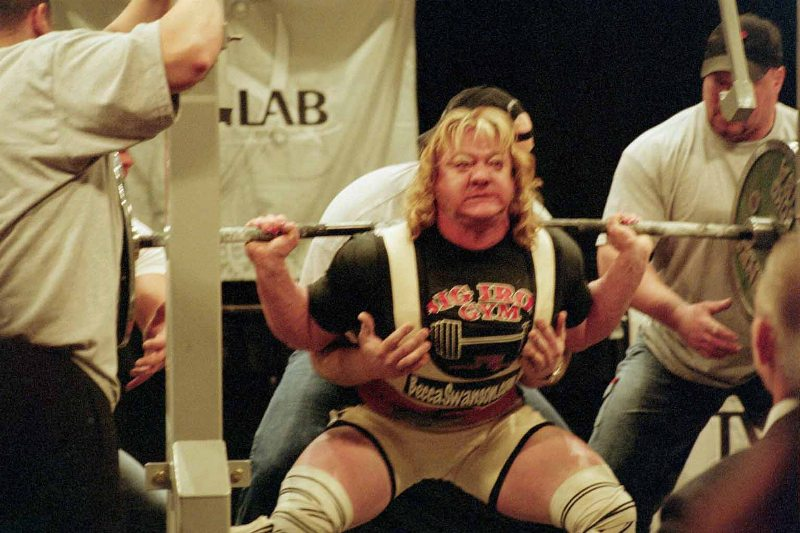 Worlds strongest woman bench press women you don t want to mess with