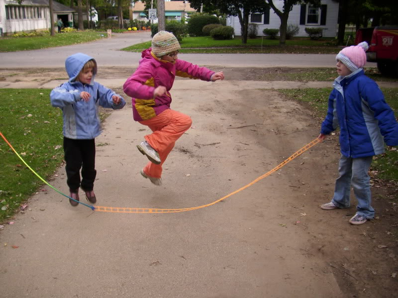 children skipping exercise - photo #14